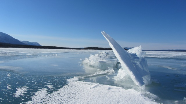 Lake Clark ice formation from pressure crack